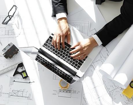 Наем фрилансера или агентства для разработки веб-дизайна?