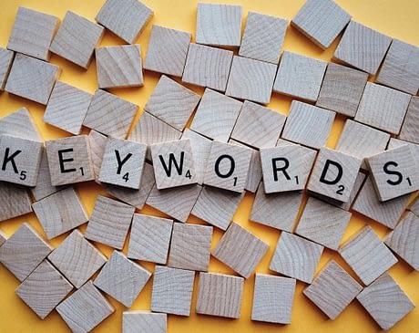 Следует ли вам регулярно проверять список ключевых слов